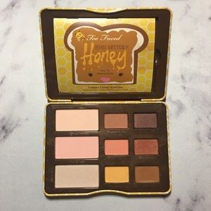 Too Faced // Peanut Butter & Honey palette